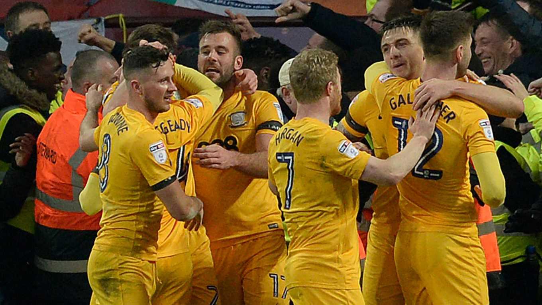 Lewis Grabban helps Aston Villa scramble a point against Preston